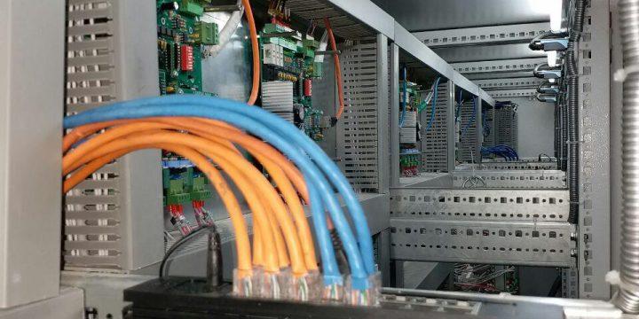 برقرای ارتباط تجهیزات PLC سردخانه در ماهدشت کرج